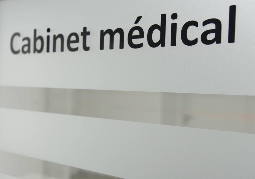 Créer une maison médicale medecin montbert
